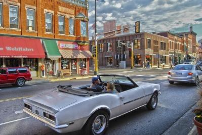 22 Downtown Car